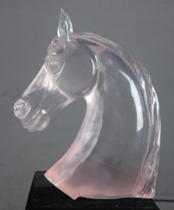 Hand_Crafted_Clear_Resin_Sculpture